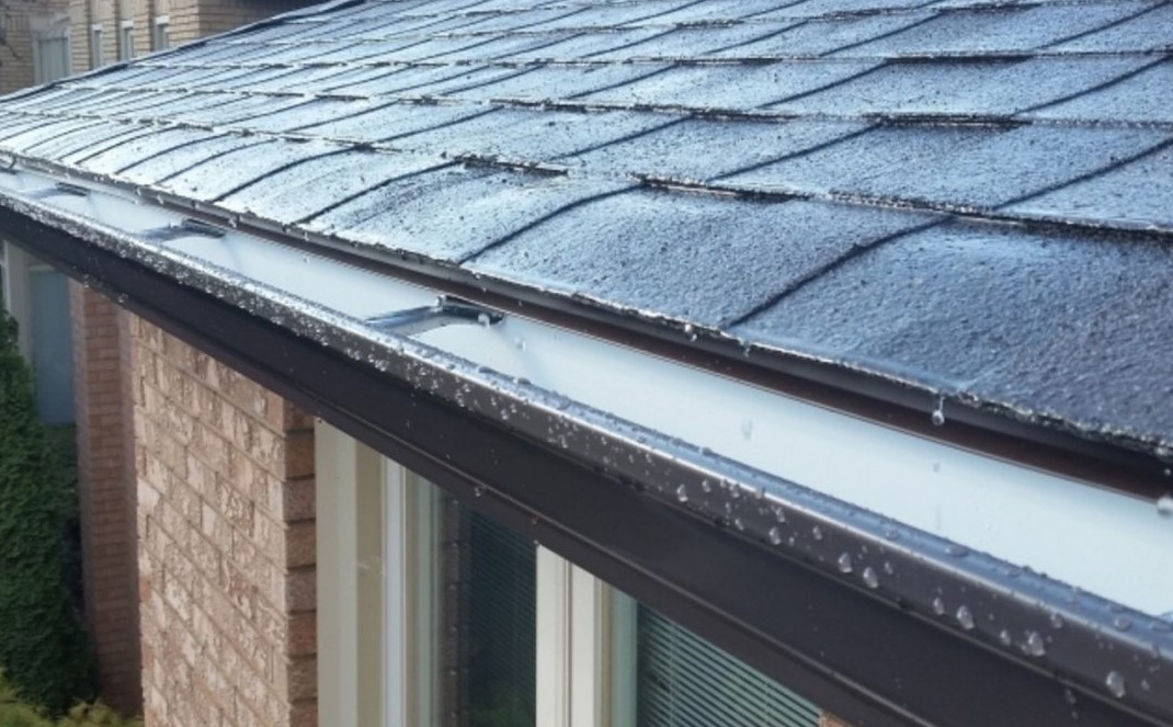 WHEN DO YOU NEED TO REPLACE YOUR EAVESTROUGH?